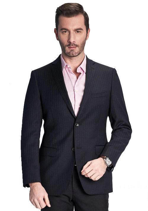 黑色竖条西服